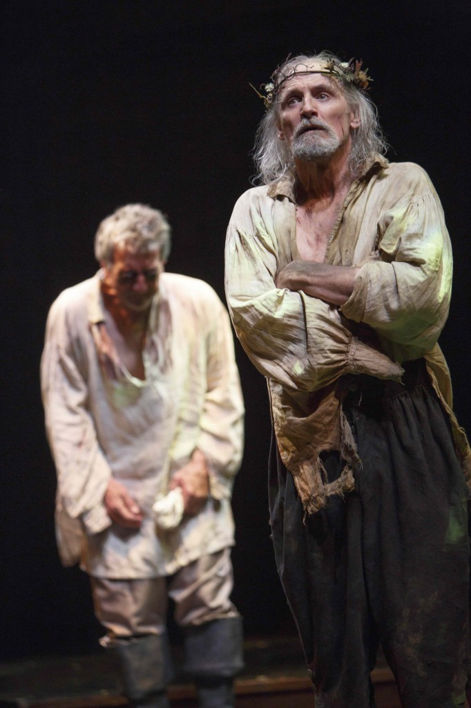 Scott Wentworth (left) as Gloucester and Colm Feore as King Lear in King Lear. Photo by David Hou.