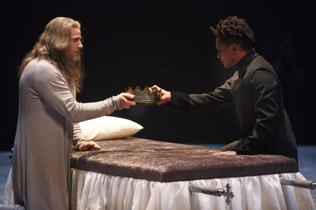 Graham Abbey (left) as King Henry IV and Araya Mengesha as Prince Hal in Breath of Kings: Redemption. Photography by David Hou.