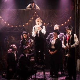 Twelfth-Night.-The-Watermill-Theatre-700x455