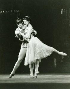 Rudolf Nureyev and Margot Fonteyn dancing Romeo and Juliet